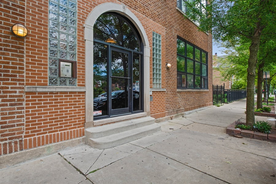 Real Estate Photography - 1137 N. Wood, 1H, Chicago, IL, 60622 - Front View