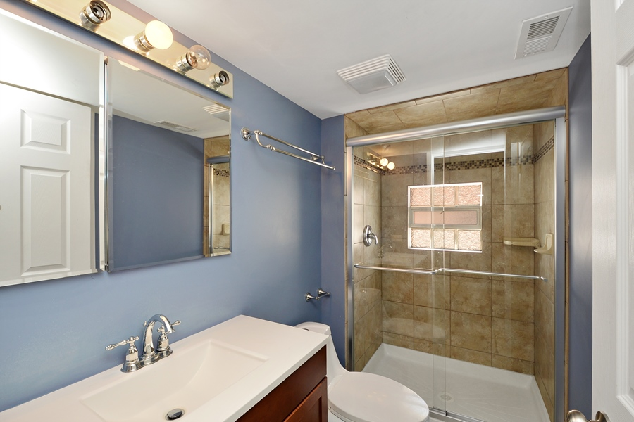 Real Estate Photography - 3742 N Ashland Ave, Unit 2, Chicago, IL, 60613 - Master Bathroom