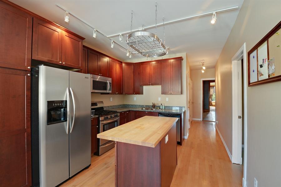 Real Estate Photography - 3742 N Ashland Ave, Unit 2, Chicago, IL, 60613 - Kitchen