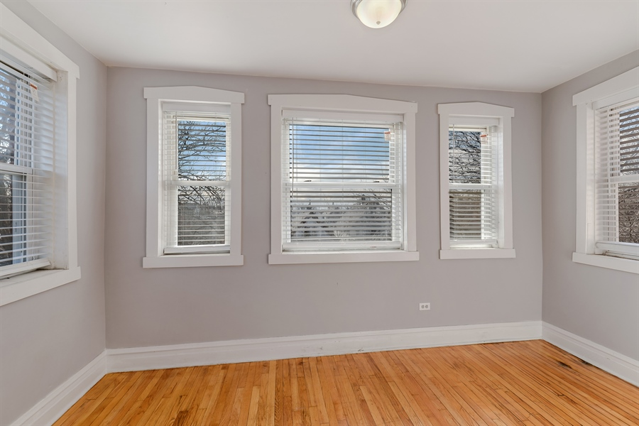 Real Estate Photography - 4314 Shakespeare, Unit 3, Chicago, IL, 60639 - Sun Room