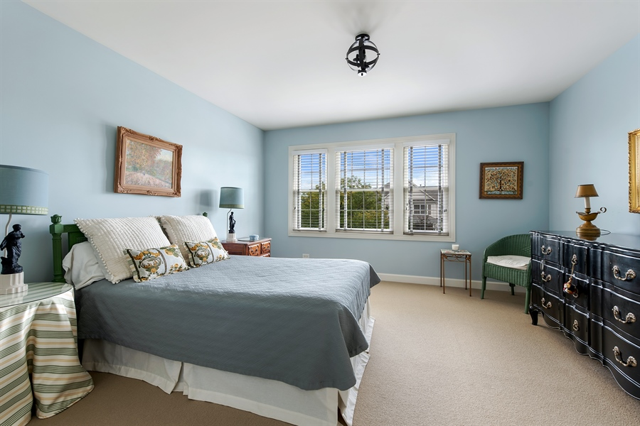 Real Estate Photography - 1748 Primrose Ln, Glenview, IL, 60026 - 3rd Bedroom