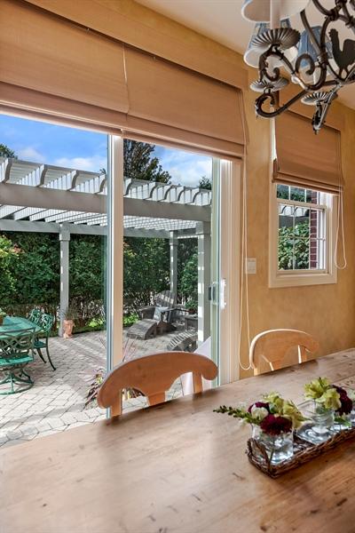 Real Estate Photography - 1748 Primrose Ln, Glenview, IL, 60026 - Breakfast Area