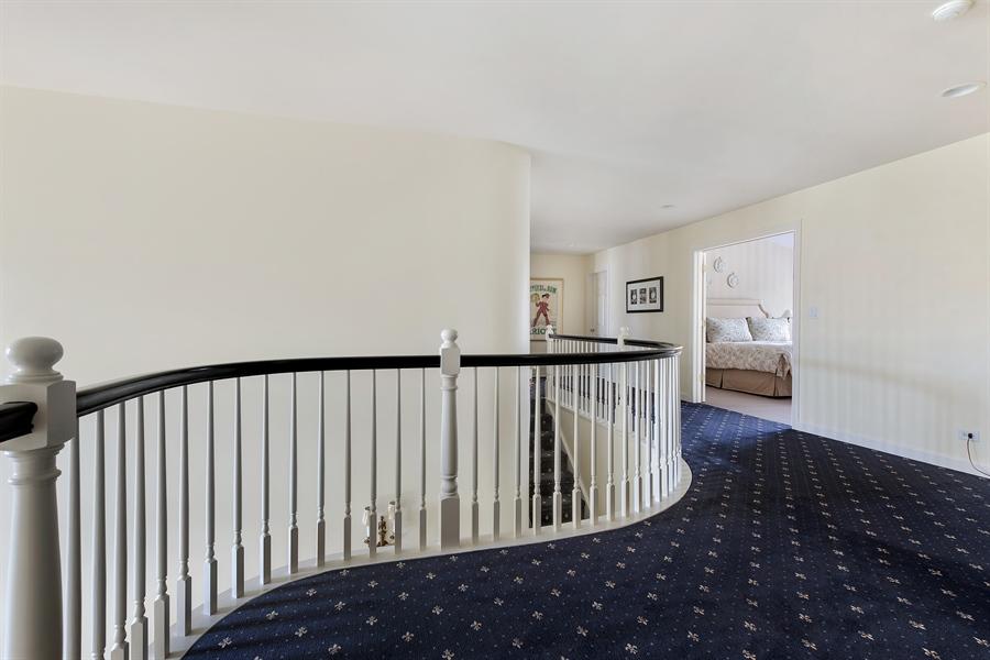 Real Estate Photography - 1748 Primrose Ln, Glenview, IL, 60026 - Loft