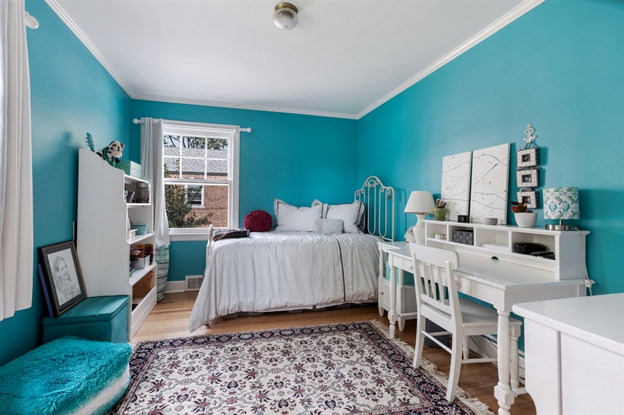 Real Estate Photography - 838 Indian Rd, Glenview, IL, 60025 - 2nd Bedroom