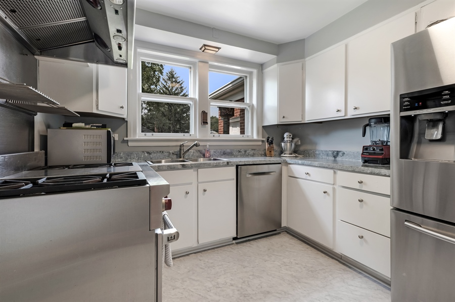 Real Estate Photography - 838 Indian Rd, Glenview, IL, 60025 - Kitchen