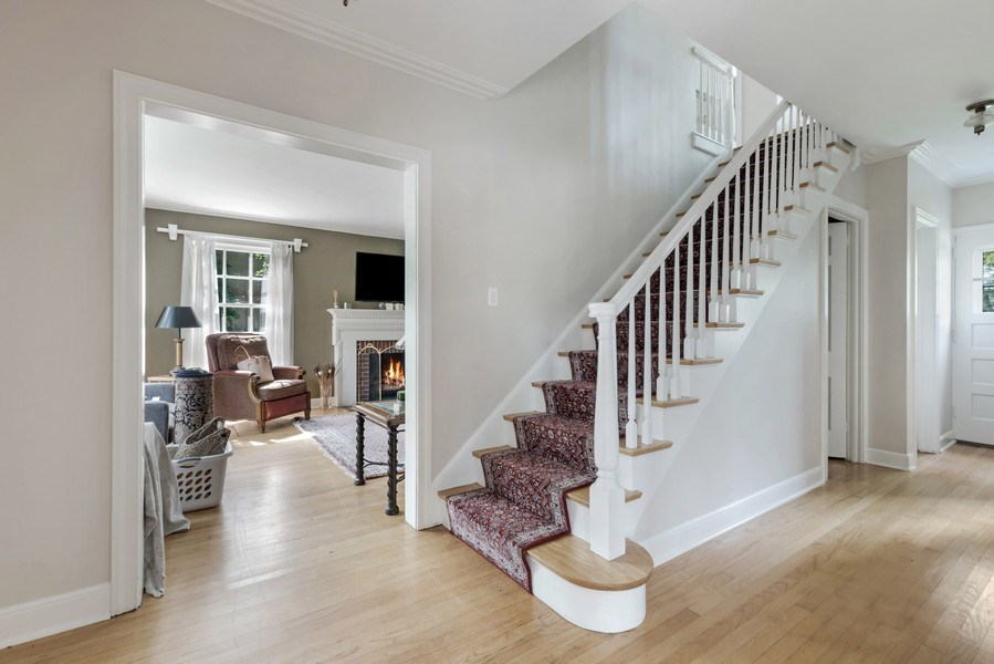 Real Estate Photography - 838 Indian Rd, Glenview, IL, 60025 - Foyer