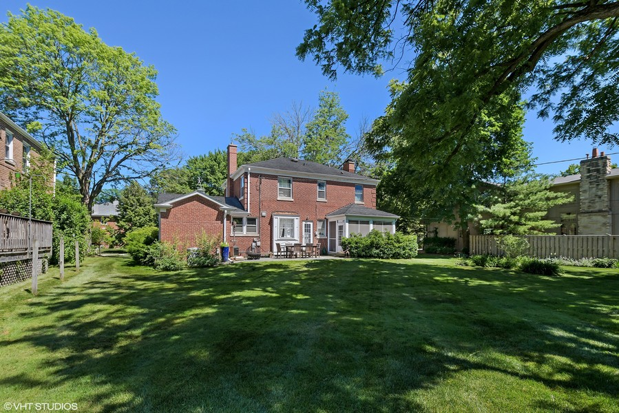 Real Estate Photography - 838 Indian Rd, Glenview, IL, 60025 -
