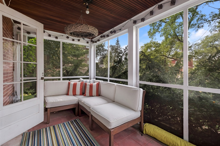 Real Estate Photography - 838 Indian Rd, Glenview, IL, 60025 - Sun Room