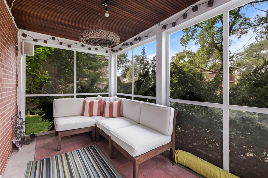 Real Estate Photography - 838 Indian Rd, Glenview, IL, 60025 - Sunroom