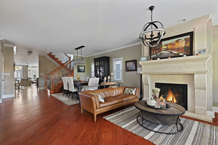Real Estate Photography - 4714 N Wolcott, Chicago, IL, 60640 - Living Room
