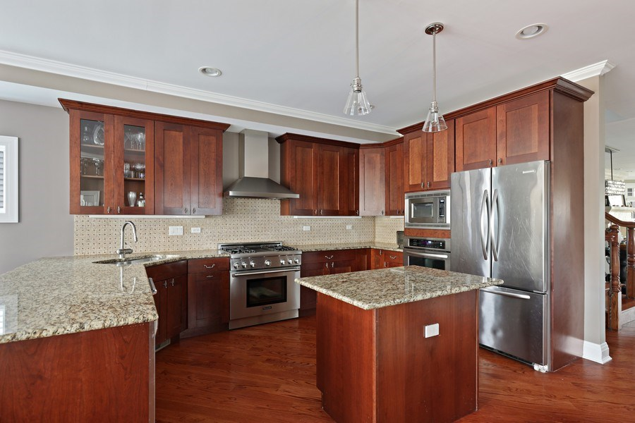 Real Estate Photography - 4714 N Wolcott, Chicago, IL, 60640 - Kitchen