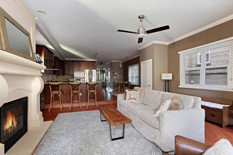 Real Estate Photography - 4714 N Wolcott, Chicago, IL, 60640 - Family Room / Kitchen