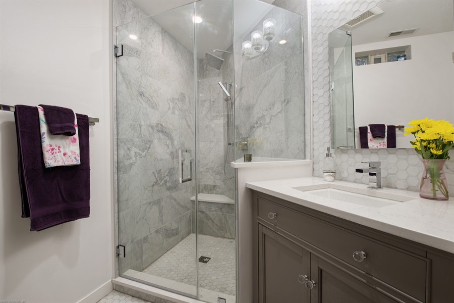 Real Estate Photography - 2338 W Charleston, Chicago, IL, 60647 - 2nd Bathroom