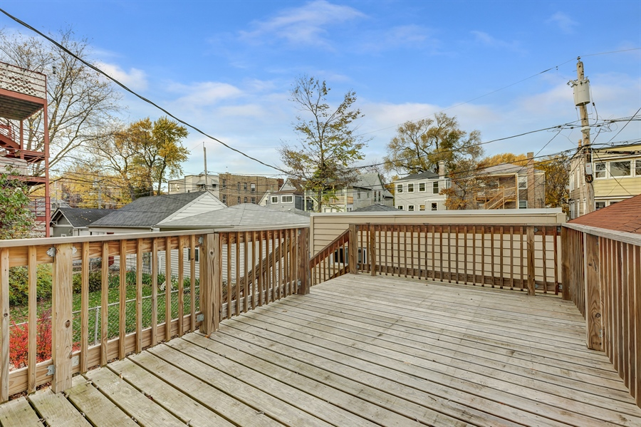 Real Estate Photography - 1626 W Summerdale, Chicago, IL, 60640 - Deck