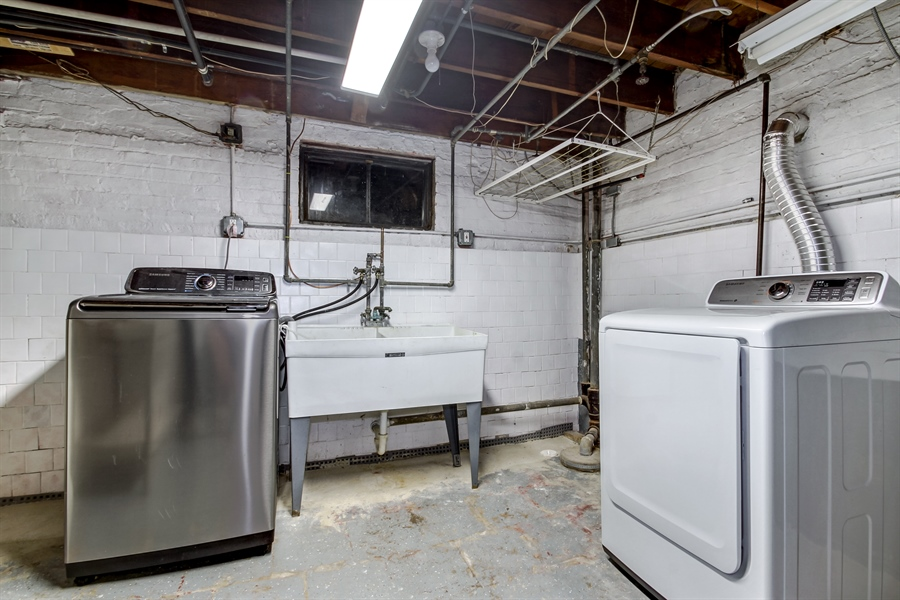 Real Estate Photography - 8014 Elmore, Niles, IL, 60714 - Laundry Room