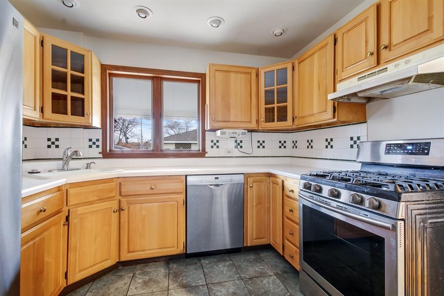 Real Estate Photography - 8014 Elmore, Niles, IL, 60714 - Kitchen