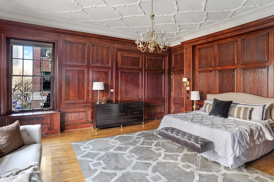 Real Estate Photography - 33 E Bellevue, 3W, Chicago, IL, 60611 - Master Bedroom