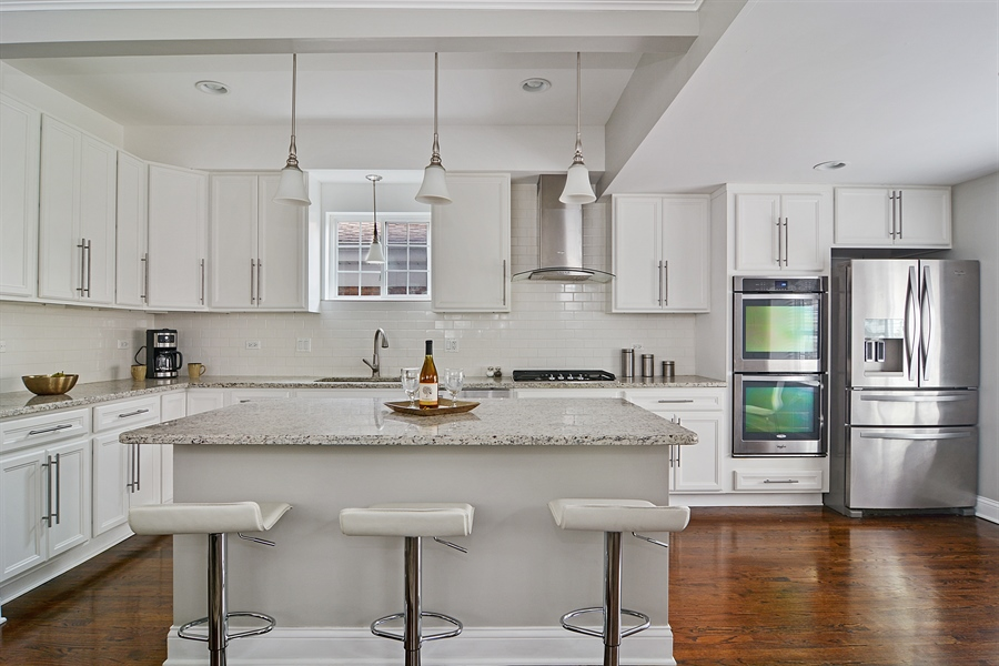 Real Estate Photography - 3747 N Francisco, Chicago, IL, 60618 - Kitchen