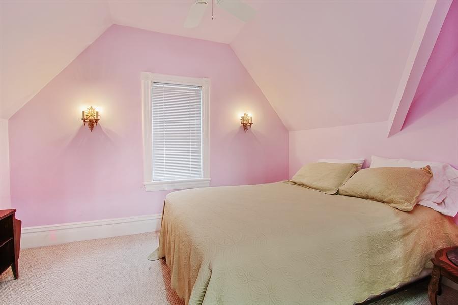 Real Estate Photography - 321 S. Euclid Ave, Oak Park, IL, 60302 - Bedroom #5