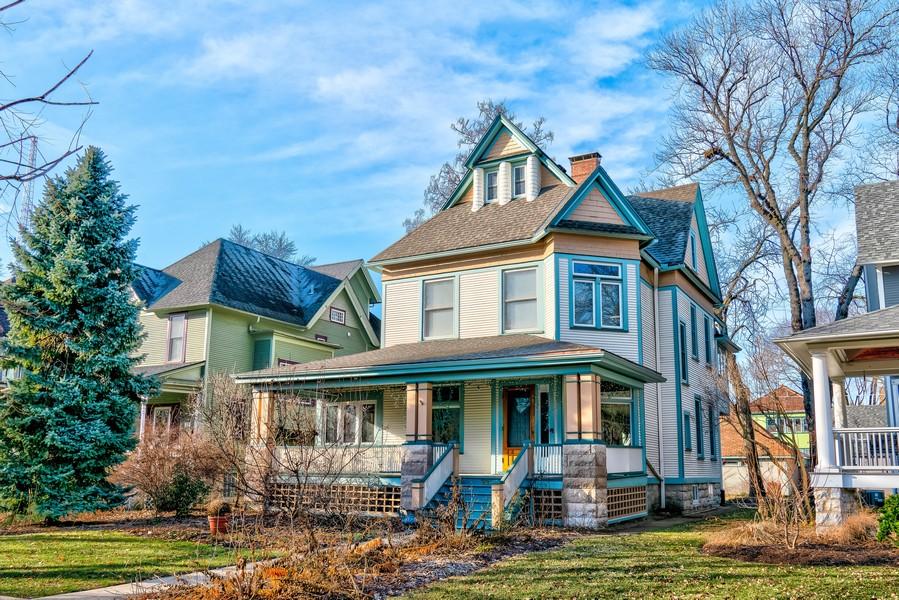 Real Estate Photography - 321 S. Euclid Ave, Oak Park, IL, 60302 -