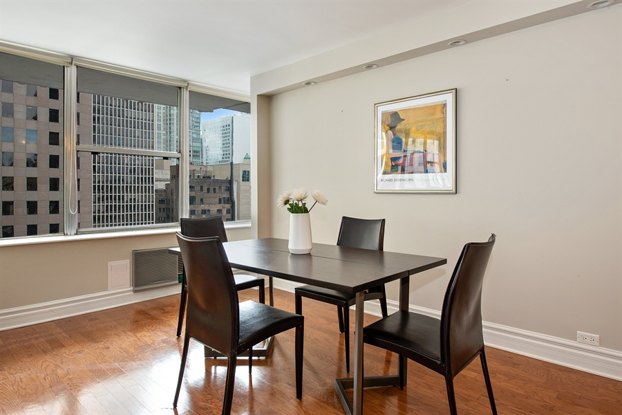 Real Estate Photography - 1000 N Lakeshore, 1501, Chicago, IL, 60611 - Dining Room