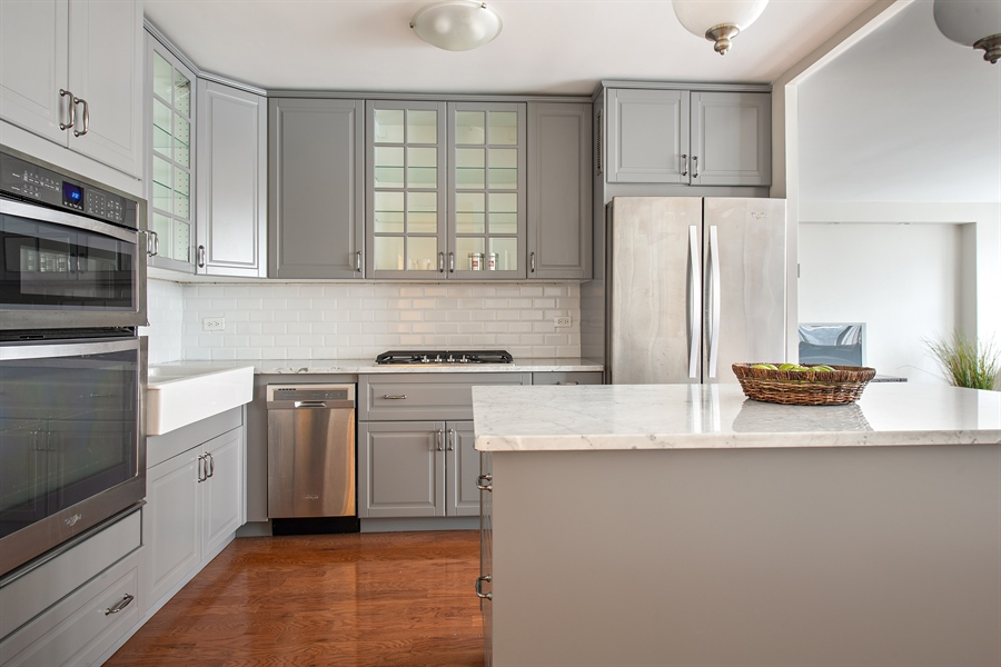 Real Estate Photography - 1000 N Lakeshore, 1501, Chicago, IL, 60611 - Kitchen