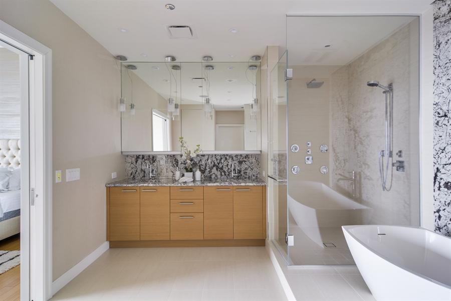 Real Estate Photography - 340 East Randolp, 5803, Chicago, IL, 60601 - Master Bathroom