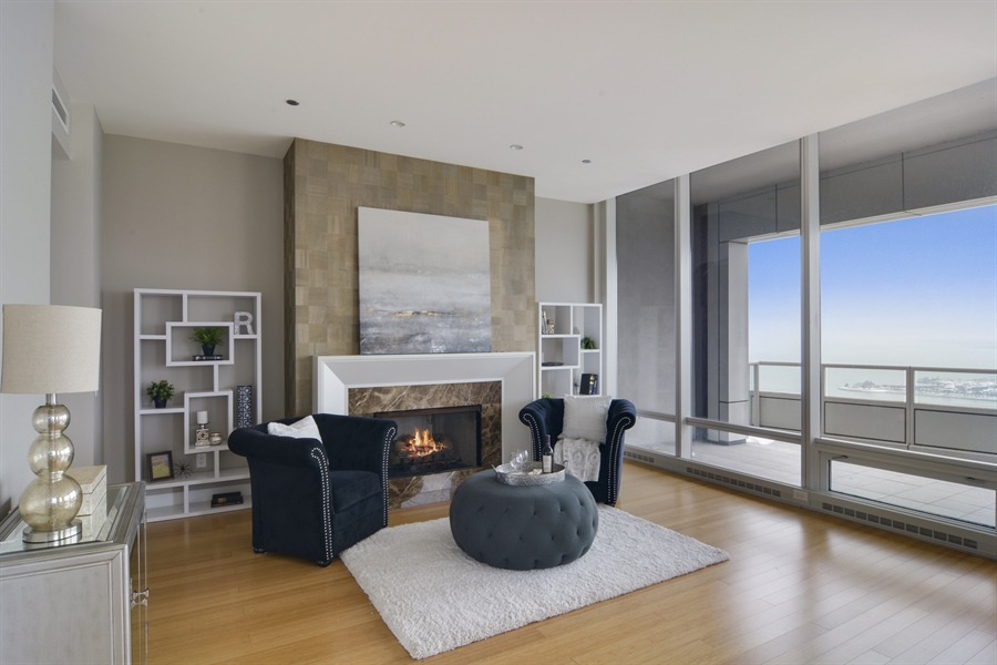 Real Estate Photography - 340 East Randolp, 5803, Chicago, IL, 60601 - Living Room