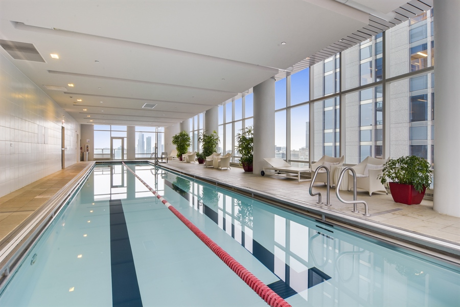 Real Estate Photography - 340 East Randolp, 5803, Chicago, IL, 60601 - Pool