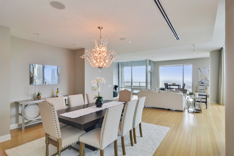 Real Estate Photography - 340 East Randolp, 5803, Chicago, IL, 60601 - Dining Area