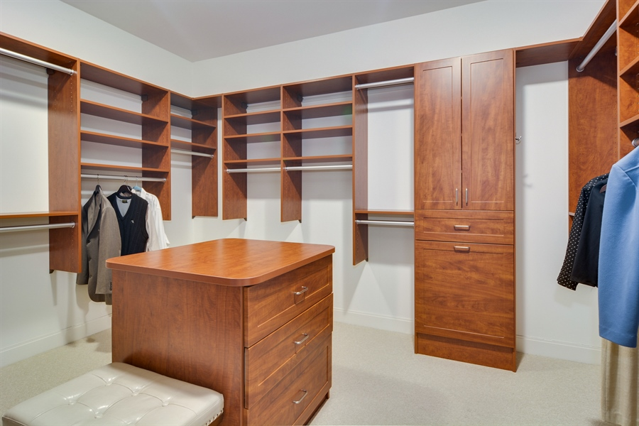 Real Estate Photography - 340 East Randolp, 5803, Chicago, IL, 60601 - Dressing Area