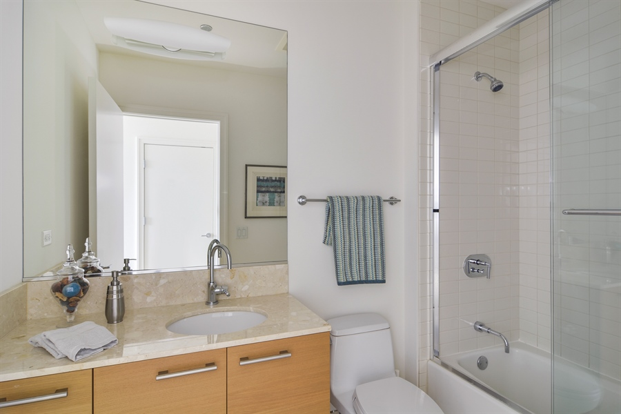 Real Estate Photography - 340 East Randolp, 5803, Chicago, IL, 60601 - 2nd Bathroom