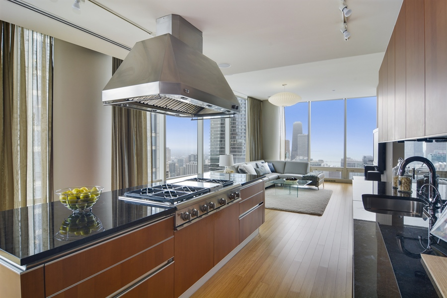 Real Estate Photography - 340 East Randolp, 5803, Chicago, IL, 60601 - Family Room / Kitchen