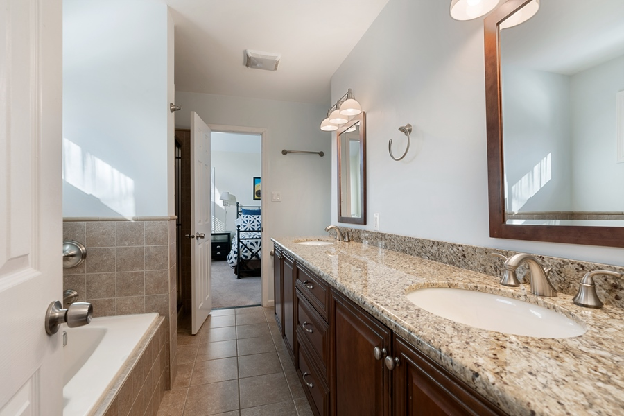 Real Estate Photography - 3335 N. Racine, A, Chicago, IL, 60657 - Master Bathroom