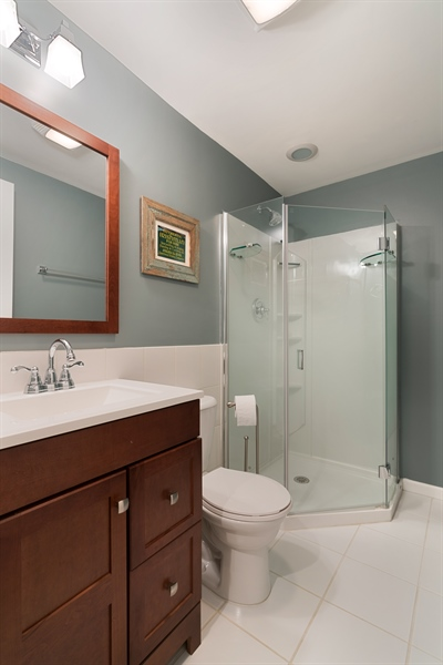 Real Estate Photography - 3335 N. Racine, A, Chicago, IL, 60657 - Lower level full bathroom
