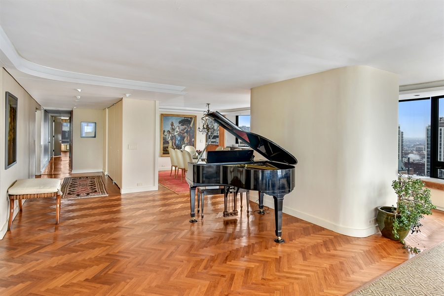 Real Estate Photography - 1555 N Astor St, Unit 28e, Chicago, IL, 60610 - Location 3