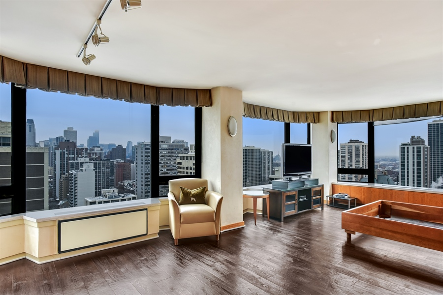 Real Estate Photography - 1555 N Astor St, Unit 28e, Chicago, IL, 60610 - 2nd Bedroom