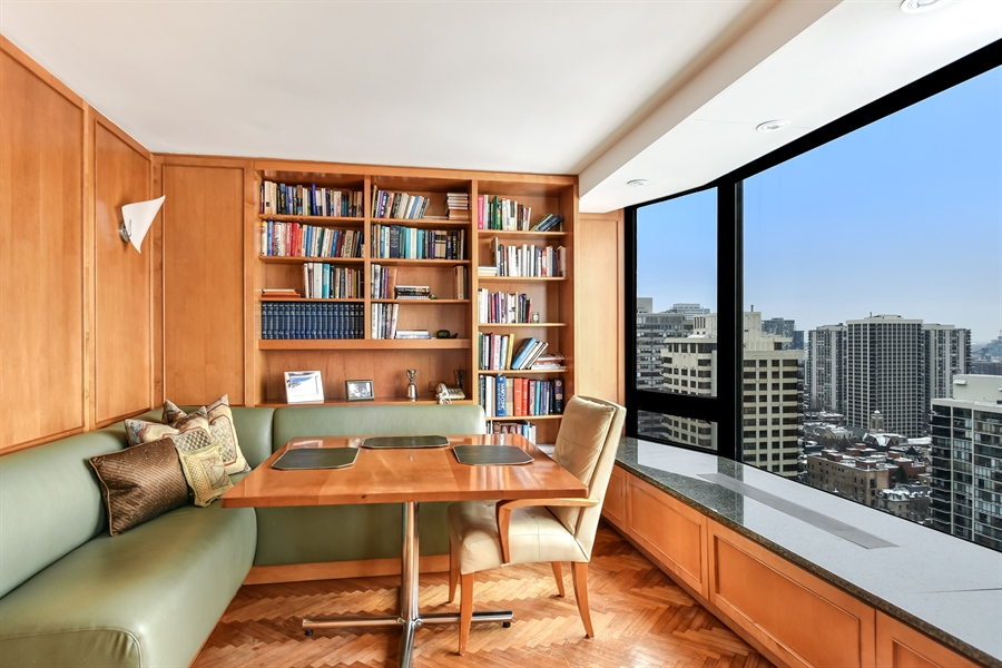 Real Estate Photography - 1555 N Astor St, Unit 28e, Chicago, IL, 60610 - Breakfast Area