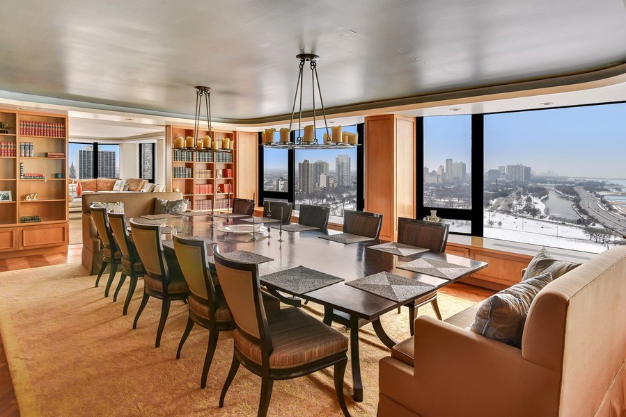 Real Estate Photography - 1555 N Astor St, Unit 28e, Chicago, IL, 60610 - Dining Area
