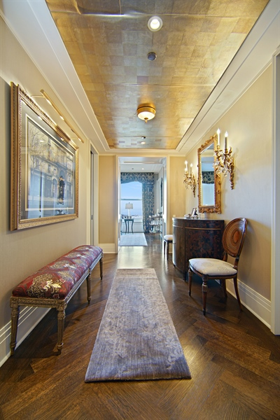 Real Estate Photography - 159 E Walton Pl, Unit 13A, Chicago, IL, 60610 - Foyer