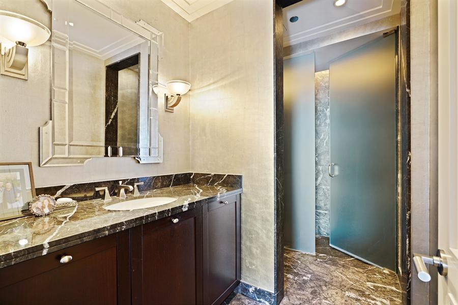 Real Estate Photography - 159 E Walton Pl, Unit 13A, Chicago, IL, 60610 - 2nd Bathroom