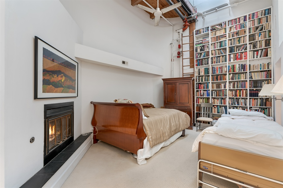 Real Estate Photography - 400 S Green St, 518, Chicago, IL, 60607 - Master Bedroom
