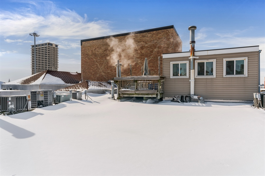 Real Estate Photography - 400 S Green St, 518, Chicago, IL, 60607 -