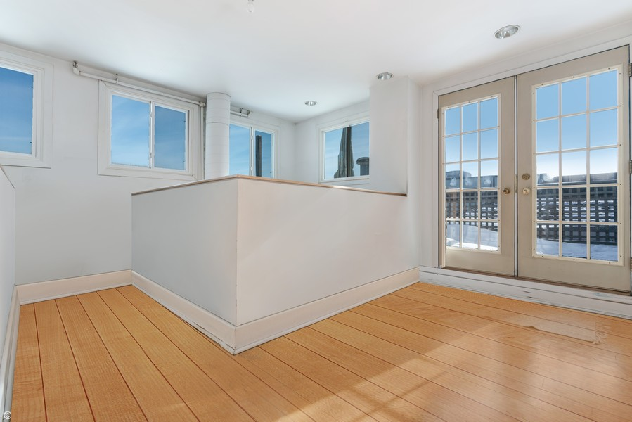 Real Estate Photography - 400 S Green St, 518, Chicago, IL, 60607 - 3rd Floor Den