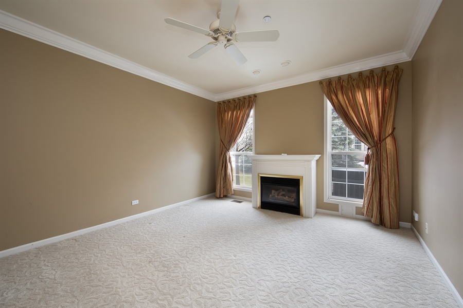 Real Estate Photography - 512 Stone Canyon Cir, Inverness, IL, 60010 - Master Bedroom