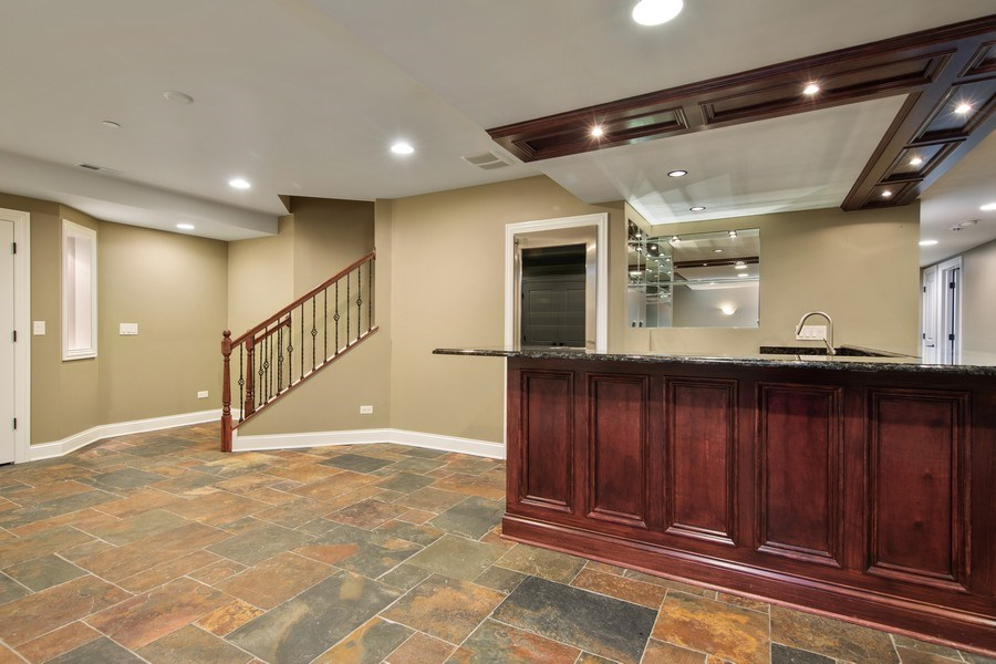 Real Estate Photography - 512 Stone Canyon Cir, Inverness, IL, 60010 - Lower Level