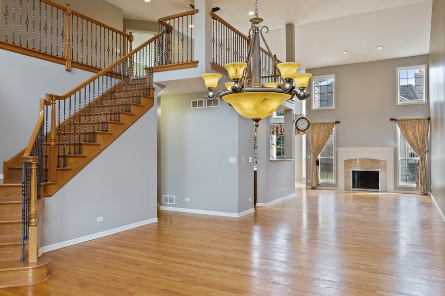 Real Estate Photography - 512 Stone Canyon Cir, Inverness, IL, 60010 - Great Room
