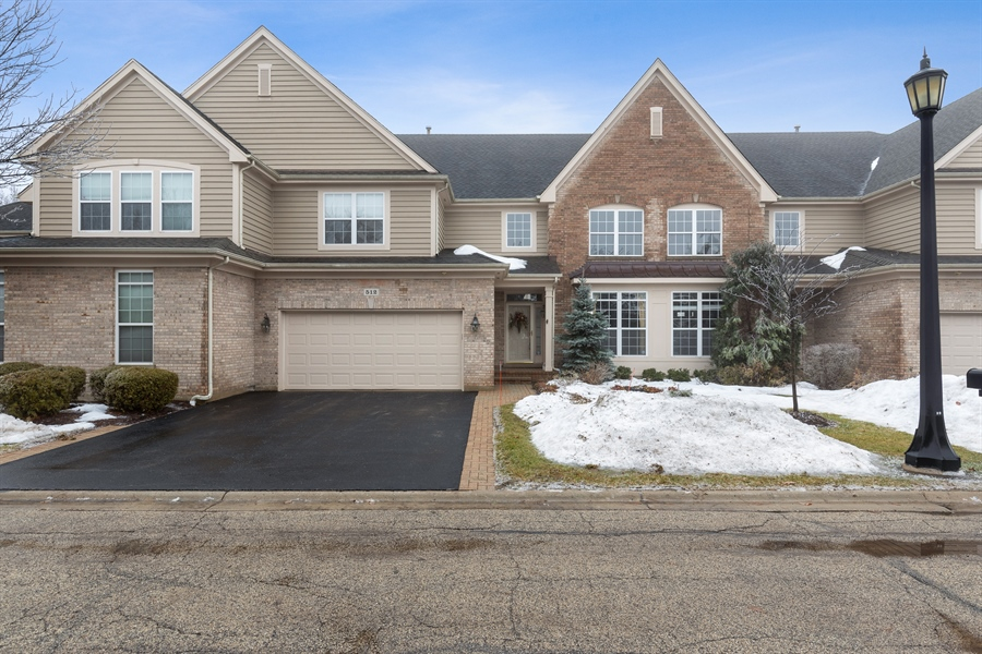 Real Estate Photography - 512 Stone Canyon Cir, Inverness, IL, 60010 - Front View