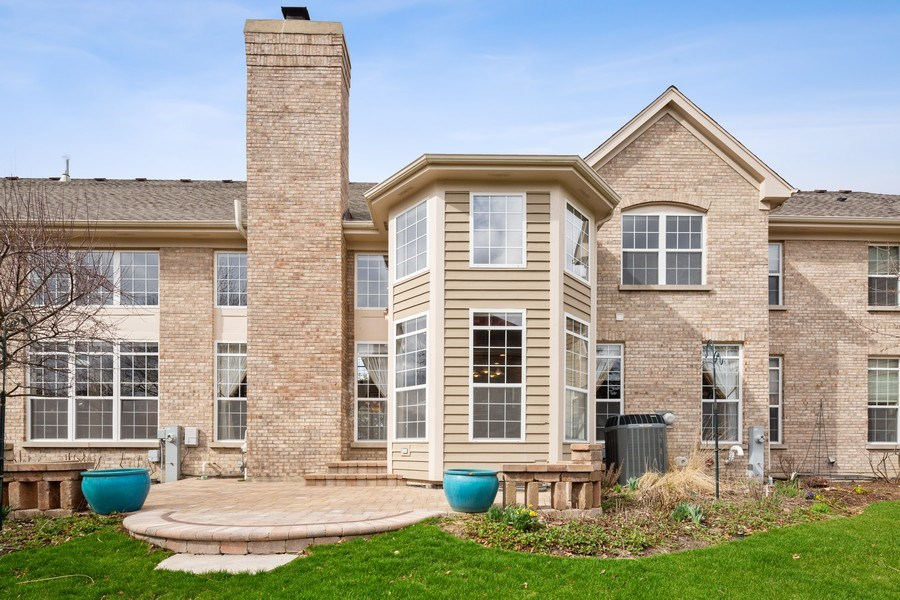 Real Estate Photography - 512 Stone Canyon Cir, Inverness, IL, 60010 - Rear View