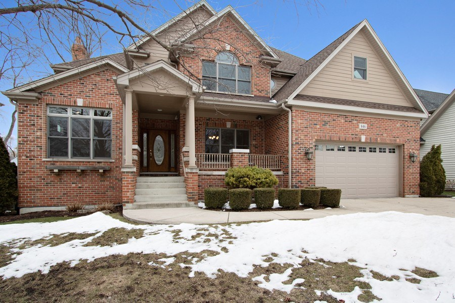 Real Estate Photography - 846 W Brookside St, Palatine, IL, 60067 - Front View